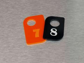 Гардеробный номерок пластиковый 7,8